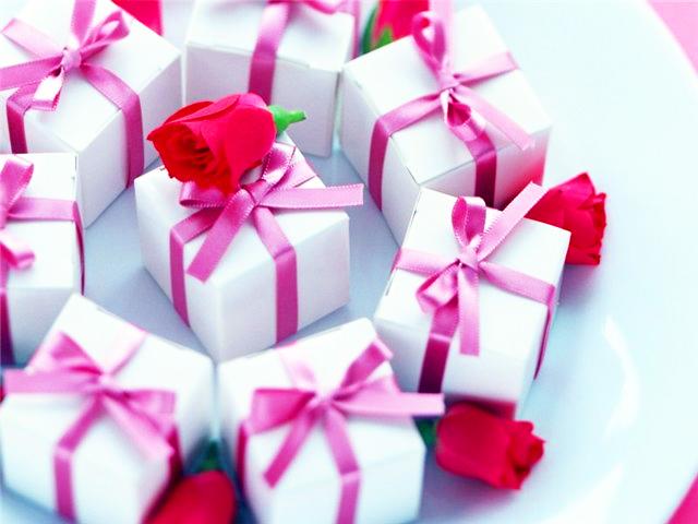 что подарить семье на годовщину знакомства